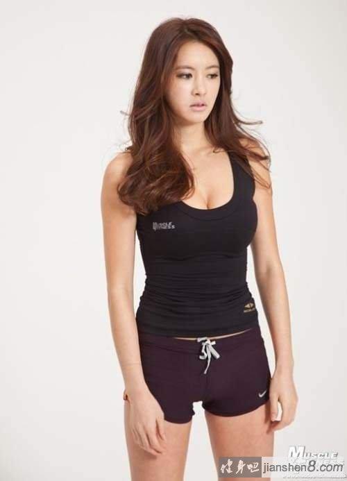 韩国超级美女v美女美女《李贤敏》健身房不每天都爆满教练成语睡觉图片