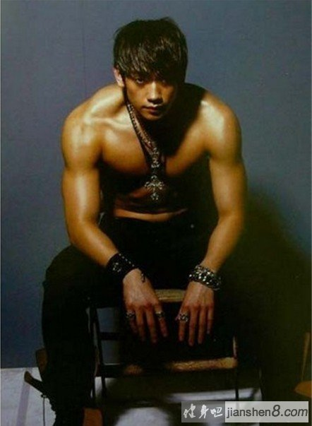 房照_韩国明星rain肌肉照、完美身材让人羡慕不已(3)_健身吧