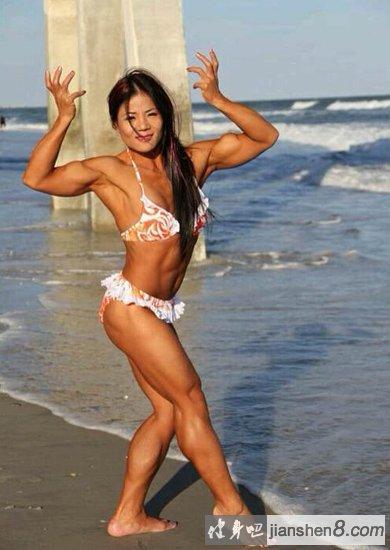 中国最帅的女人!金舒春美国健美大赛的冠军
