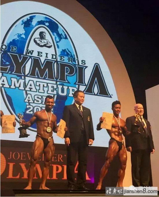 康比特形象大使向成月荣获IFBB古典健美亚军