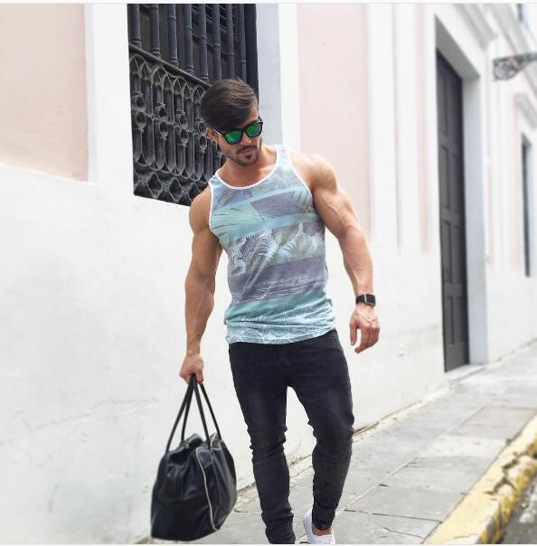 肌肉男_IFBB超帅肌肉男模MARIO HERVAS_健身吧