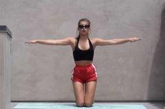 怎么瘦胳膊和肩膀_肩部肌肉锻炼_健美肩部训练_肩部训练计划、视频教程_健身吧