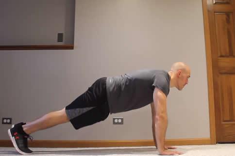 新手塑形训练 零基础也能练出好身材